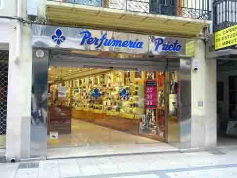 Cadena Perfumerías Prieto